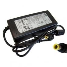 Оригинальный адаптер для ноутбук.+ кабель от сети в комплекте 19V4,47A 5,0 Samsung   DP-484