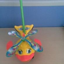 Каталка Рыбка для малышей KT-004