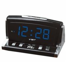 Настольные часы с будильником от сети с ярко-зеленой подсветкой VST-718-4 CH-940
